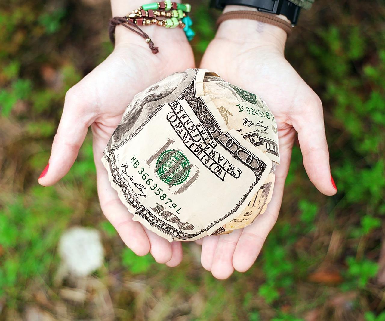 お金持ちの行動、チェックすべきは稼ぎ方より「使い方」