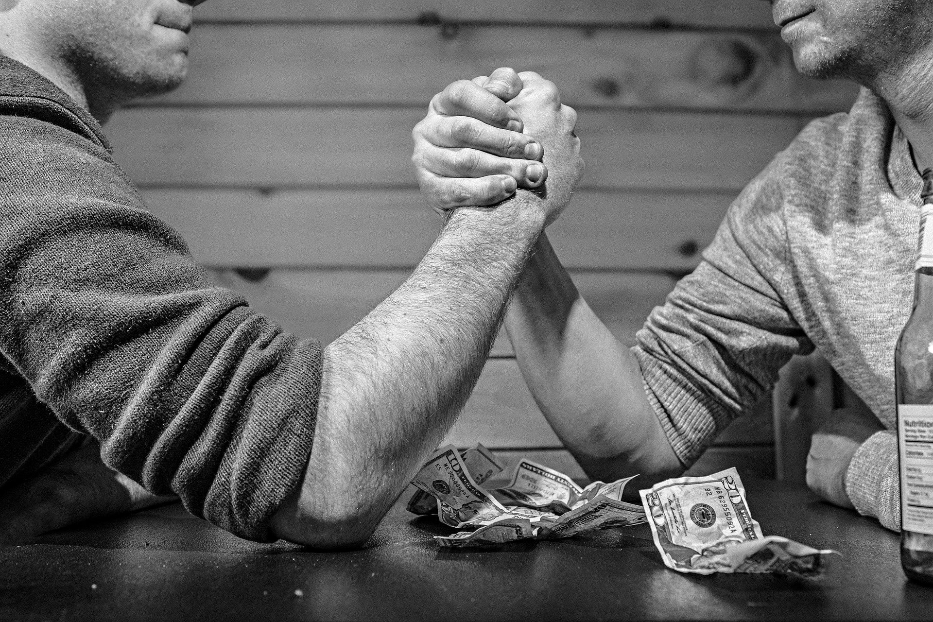 福袋を買うことは結局時間とお金の無駄遣いと絶対断言できる理由とは?