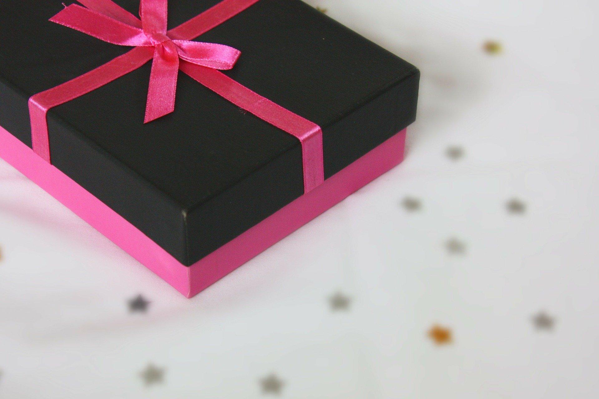 女性が喜ぶプレゼントはどんなもの?おすすめの商品をご紹介!