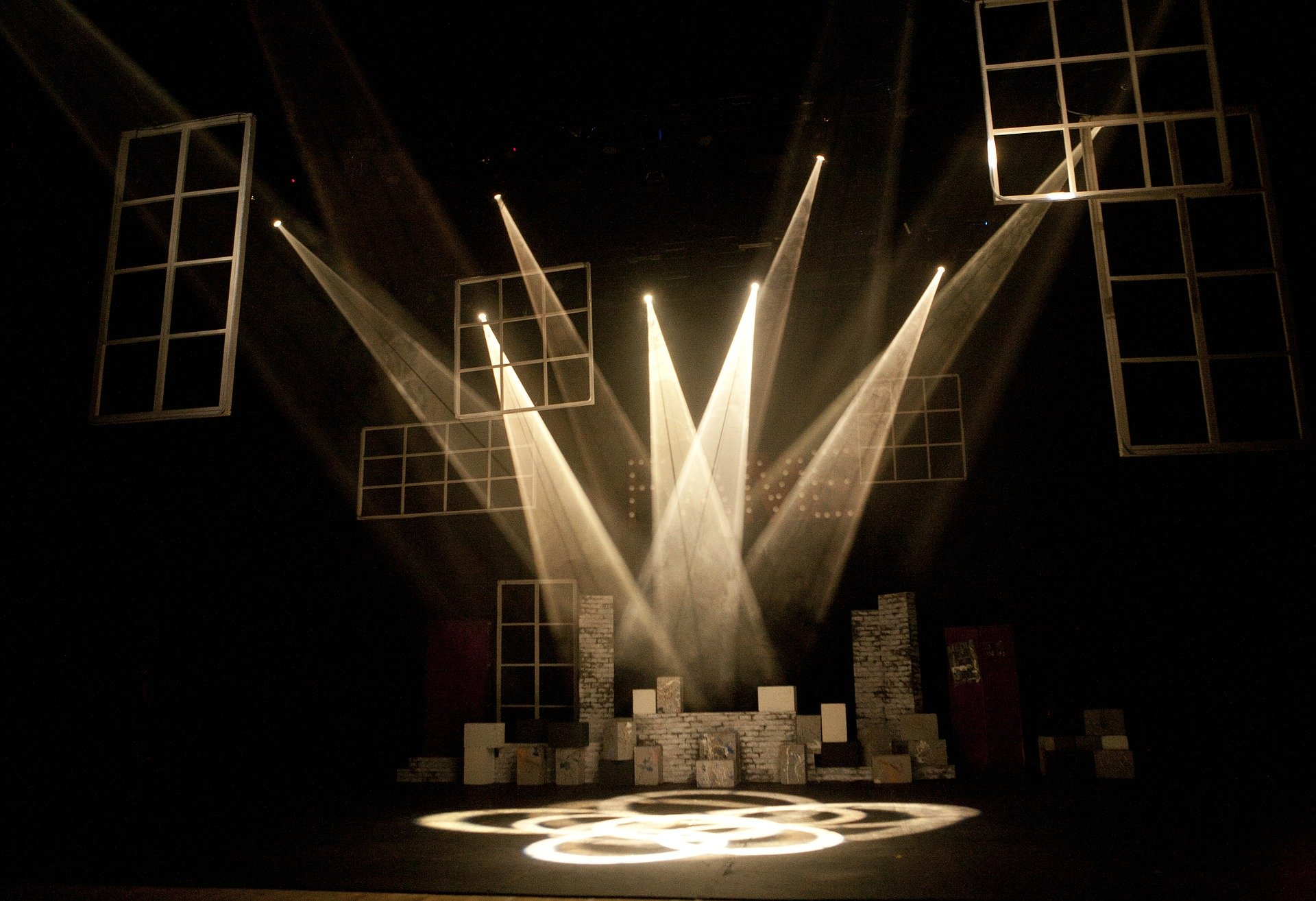 『THE★JINRO』主催者、出演者は誰? 舞台クラスターに対する意見まとめ